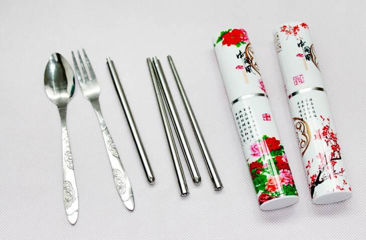 Hůlky a příbor na sushi - cestovní - ILA