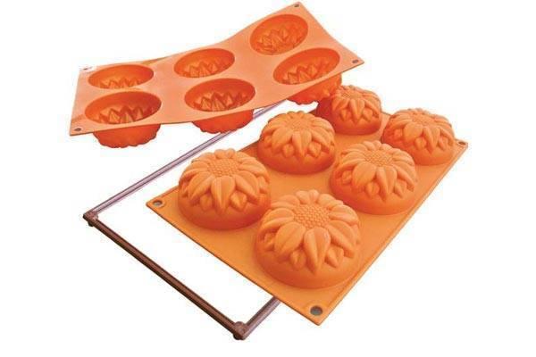 Silikonová forma na dortíky – velké slunečnice - Silikomart