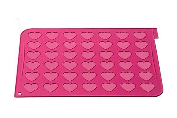 Silikonová forma na makronky srdce - Silikomart