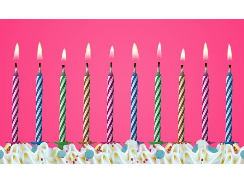 PartyDeco svíčky barevné nesfouknutelné se stojánkem 10ks -